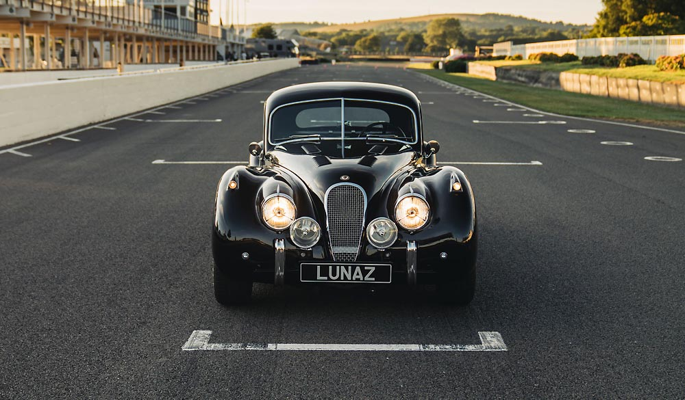 Jaguar XK120 375HP electric motor