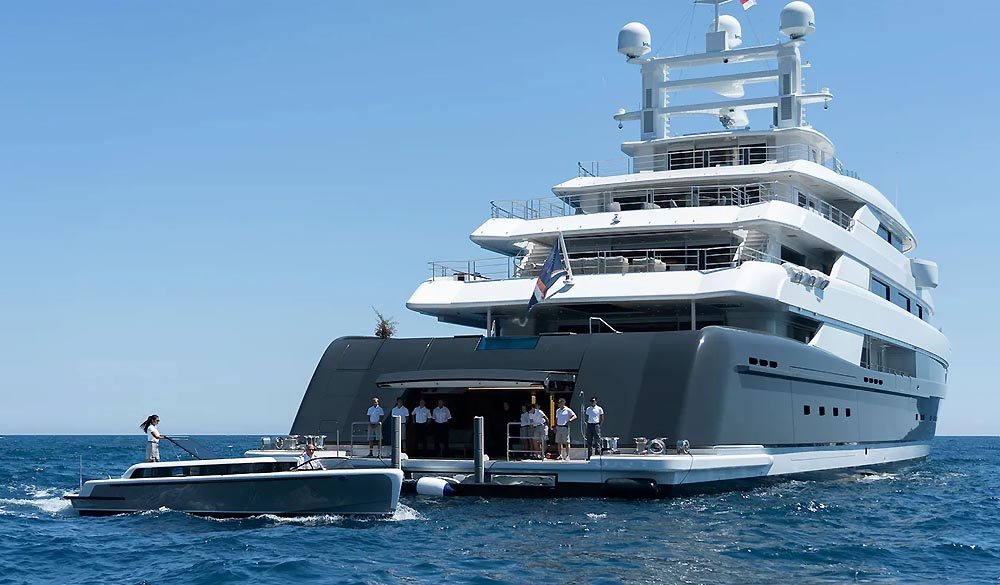 Illusion Plus mega Yacht 88.5M